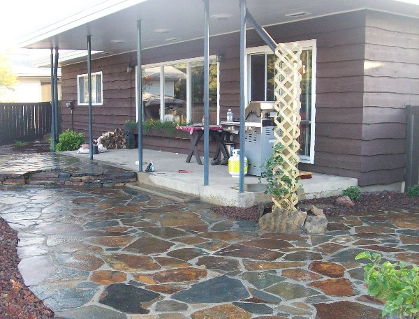 How to build a dry-laid flagstone patio